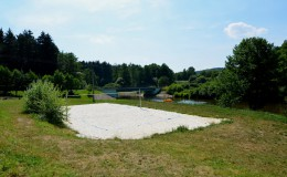 Hřiště na plážový volejbal (18 m x 9 m)