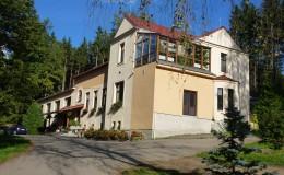 Pohled na hlavní budovu RS Blaník
